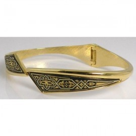 Damascene Gold Geometric Bangle Bracelet 76x57mm Oval
